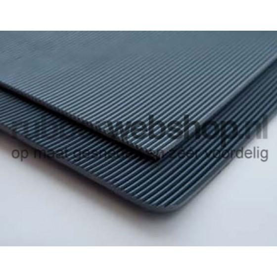 Hoogspanningsmat Zwart 3mm dik | 1000mm breedte | 10000mm lengte